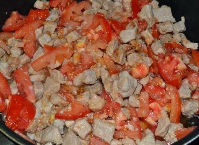 Свинина с кабачками и помидорами - фото шаг 2