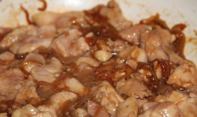 Куриное мясо кусочками - фото шаг 2