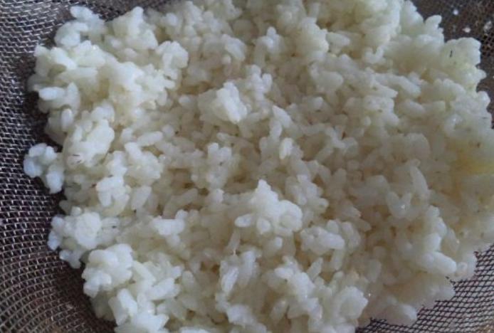 Рецепт Салат из кальмаров с рисом