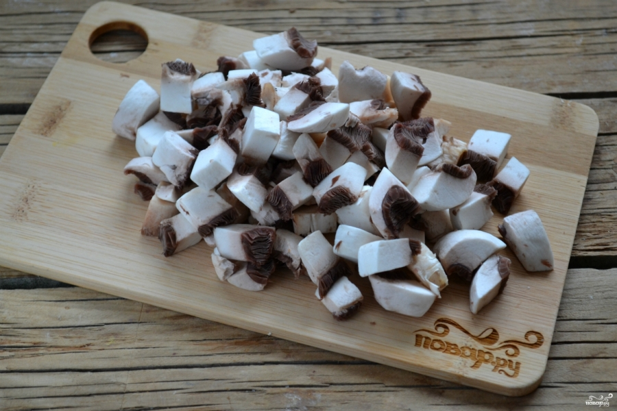 Мясной рулет с грибами и сыром - фото шаг 2