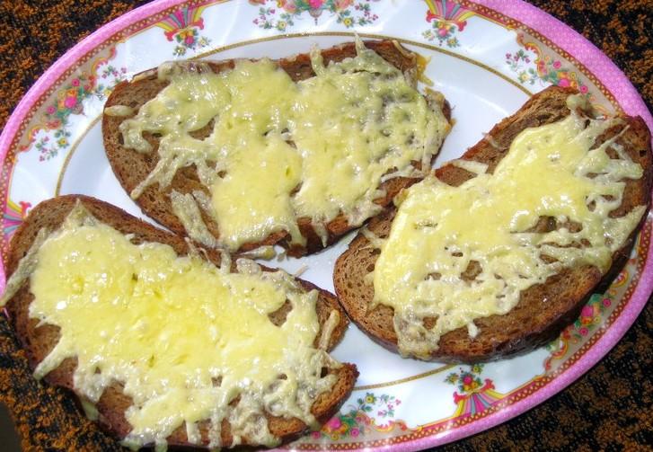 Бутерброды с сыром в духовке - фото шаг 4