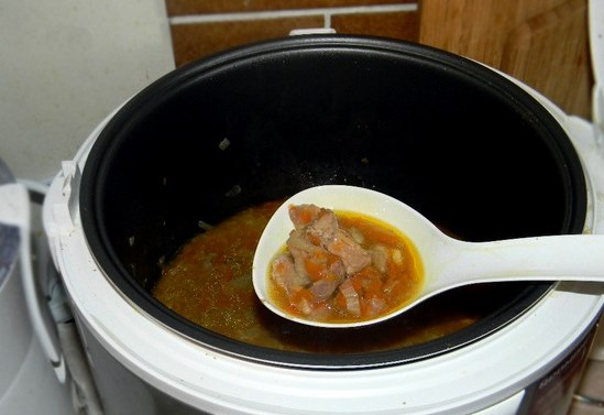 Подлива из свинины с морковкой - фото шаг 5