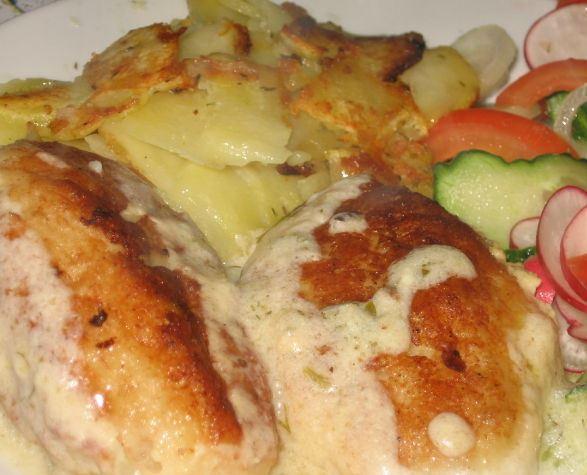Рыбные фрикадельки в сметанном соусе - фото шаг 4