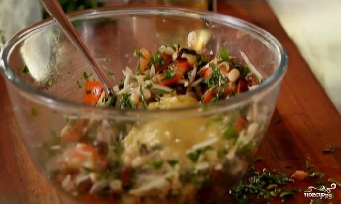 Теплый салат с фасолью - фото шаг 8