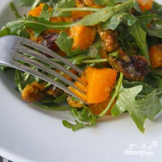 Салат из запеченного сквоша с руколлой - фото шаг 8