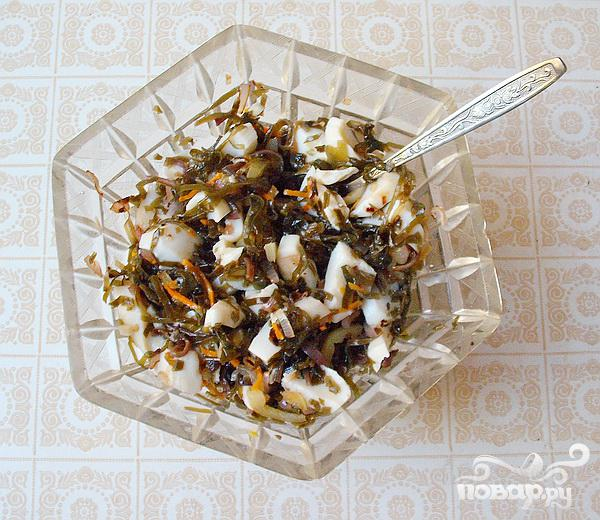 Салат с кальмарами - фото шаг 5