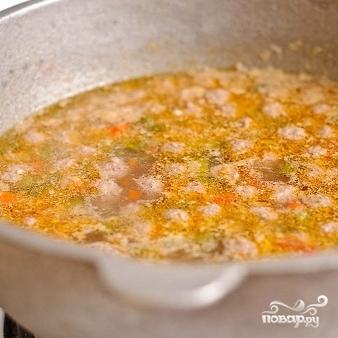 Суп с фрикадельками и помидорами - фото шаг 18