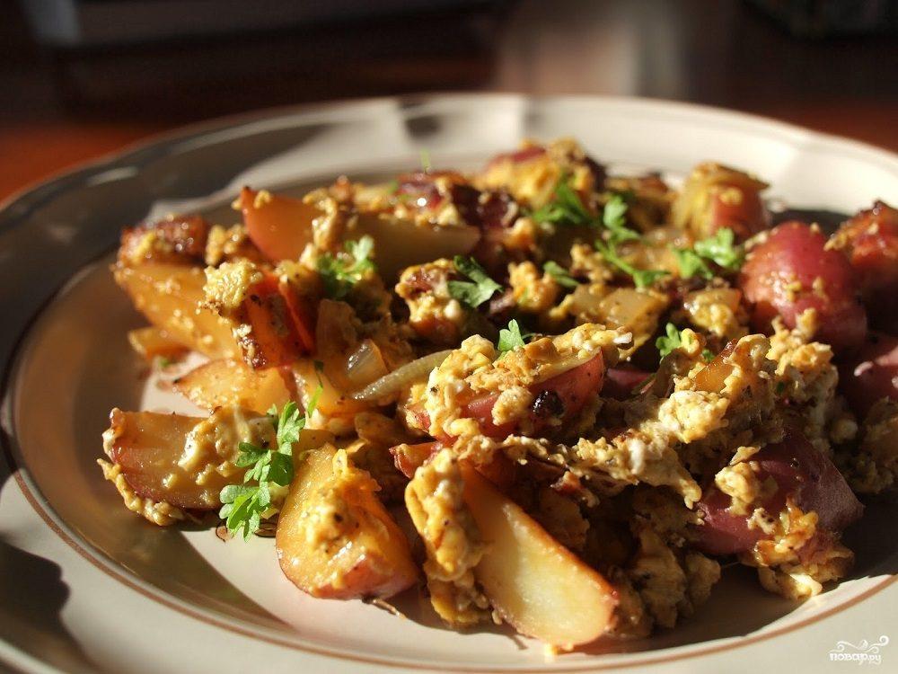 Рецепт Яичница с картошкой