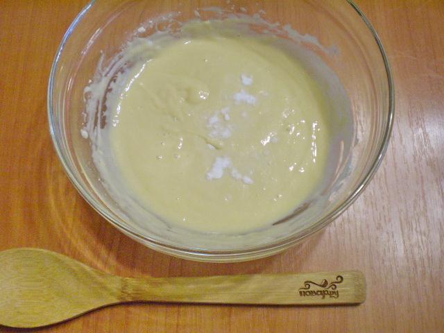 Заливное тесто на кефире - фото шаг 4