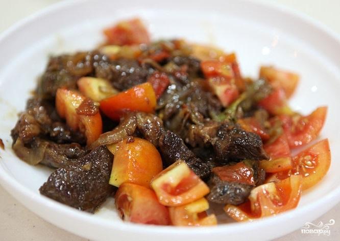 Жареная говядина с овощами