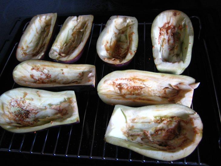 Запеченные баклажаны лодочки рецепт с фото