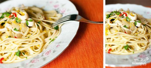 Спагетти с кальмарами - фото шаг 6