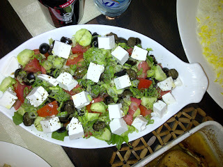 Овощной салат с сыром фета - фото шаг 6