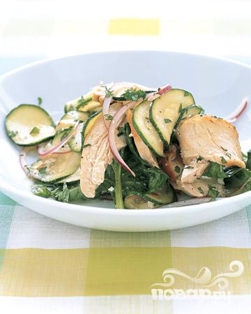 Рецепт Салат с курицей и цуккини