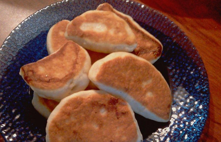 Пирожки с повидлом на сковороде - фото шаг 7
