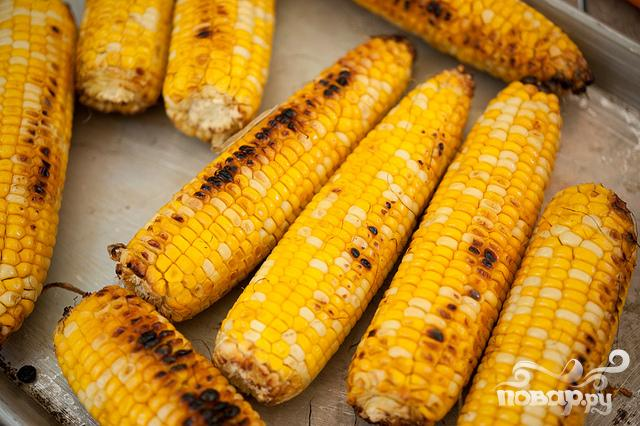 Жареная на гриле кукуруза с беконом и сыром - фото шаг 5