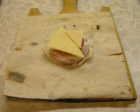 Бутерброды из лаваша - фото шаг 3