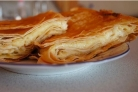 Пирог из тонкого лаваша с сыром