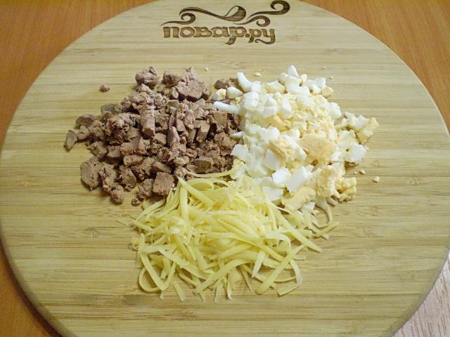 Салат из печени с корейской морковью и луком