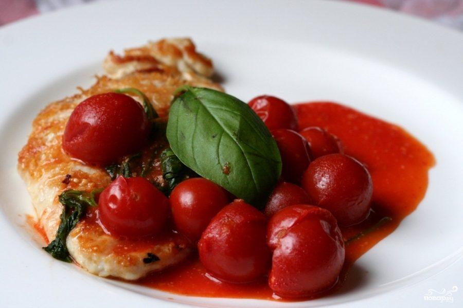 Рецепт Куриное филе в пикантном овощном соусе