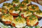 Баклажаны с грибами, запеченные в духовке