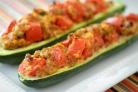 Кабачки, фаршированные овощами и запеченные в духовке