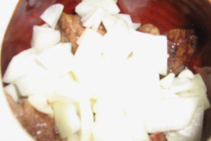 Говядина с грибами и картошкой - фото шаг 3