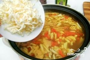 Суп грибной с плавленым сыром - фото шаг 10