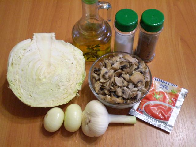 Рецепт Тушеная капуста с грибами в мультиварке