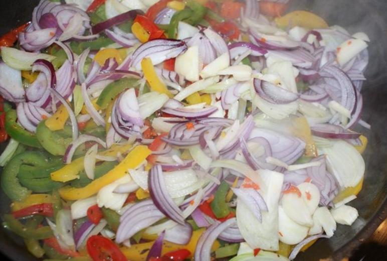 Мясо с овощами - фото шаг 4