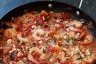 Запеченные креветки в томатном соусе