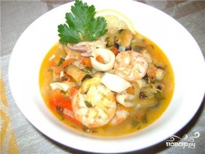 Суп из морского коктейля