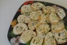 Рулет омлетный с плавленым сыром