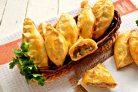 Пирожки с мясом и огурцами