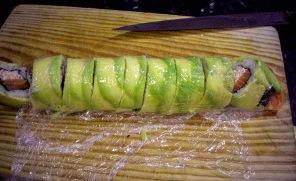 Суши с авокадо - фото шаг 3