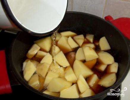 Картошка с мясом в казане - фото шаг 8