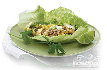 Рецепт Курица с кукурузой, чили и салатом