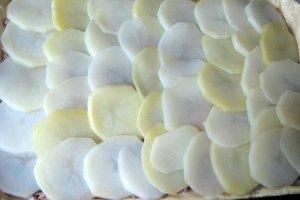 Открытый пирог с рыбой - фото шаг 4