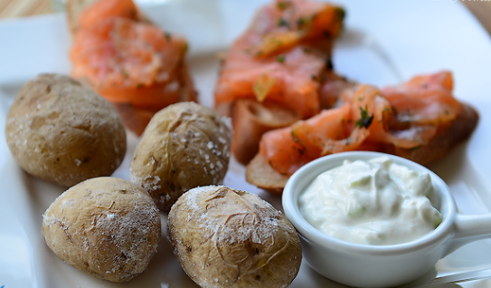 Картошка, запеченная в соли - фото шаг 10