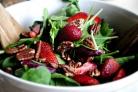 Клубничный салат со шпинатом