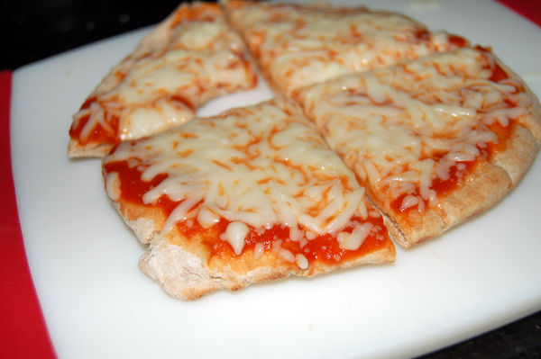 Пицца-минутка в микроволновке - фото шаг 7