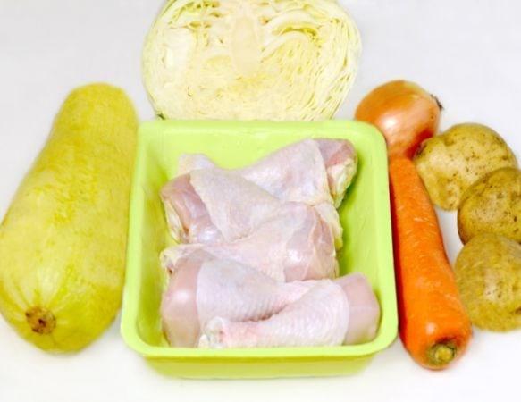 Курица с капустой в мультиварке - фото шаг 1
