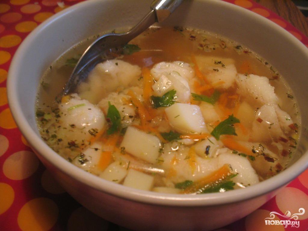 Суп из трески с морепродуктами и помидорами