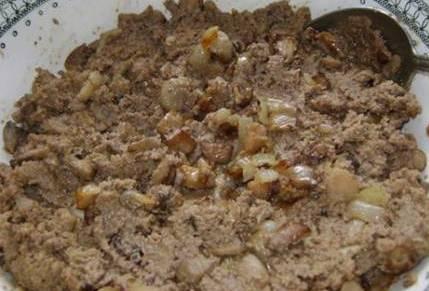 Печеные пирожки на кефире - фото шаг 4
