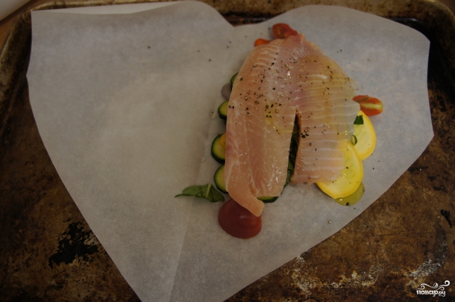 Рыба в пергаменте с овощами - фото шаг 4