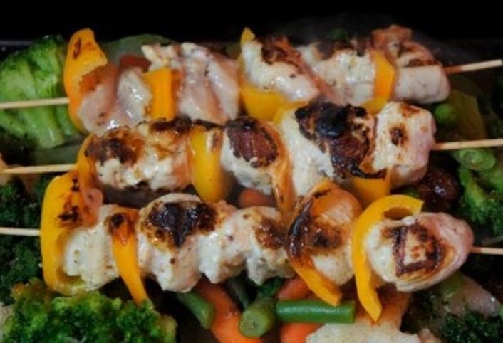 Курица на шпажках в духовке   - фото шаг 7