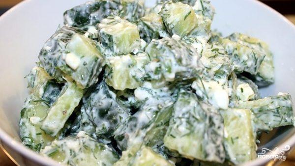 Греческий салат из огурцов