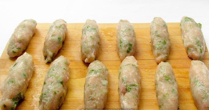 Люля-кебаб из куриного фарша - фото шаг 4