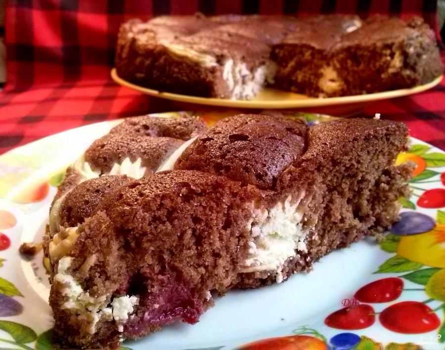 Творожный пирог с вишней в мультиварке рецепты