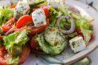 Греческий салат классический с брынзой